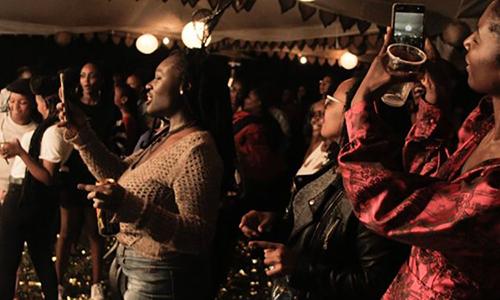 Dạ tiệc cấm đàn ông ở Kenya - ảnh 1