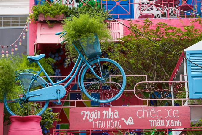 Quán cà phê phong cách vùng biển Địa Trung Hải ở Sài Gòn
