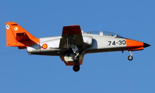 Máy bay C-101 trong biên chế không quân Tây Ban Nha. Ảnh: Airliners.