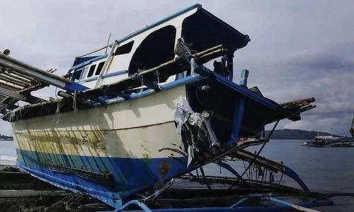 Tàu cá Gemvir-1 sau khi được đưa về bờ hôm 14/6. Ảnh:Straits Times.