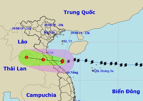 Đài Việt Nam dự báo đường đi và khu vực ảnh hưởng của bão Podul, tối 29/8. Ảnh: NCHMF