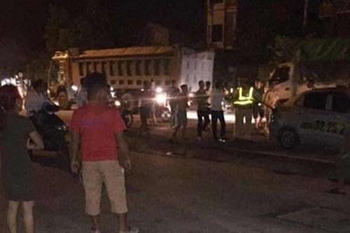 Người vi phạm giao thông đấm vào mặt cảnh sát - ảnh 1