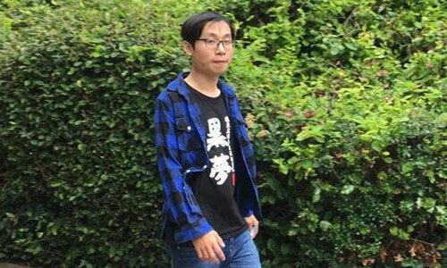 Du học sinh Trung Quốc mang súng giả tới trường - ảnh 1