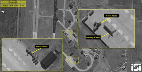 Các hệ thống radar cảnh giới của S-400 tại căn cứ Murted hôm 29/8. Ảnh: ISI.