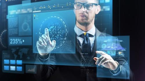 Được Harvard Business Review đánh giá là nghề hấp dẫn nhất trong thế kỷ 21, Nhà khoa học dữ liệu (Data scientist) là nghề nghiệp mà nhiều bạn trẻ đang quan tâm và muốn theo học.