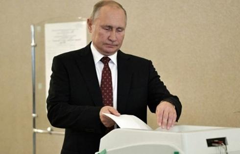 Đảng của Putin mất gần nửa số ghế ở Moskva - ảnh 1