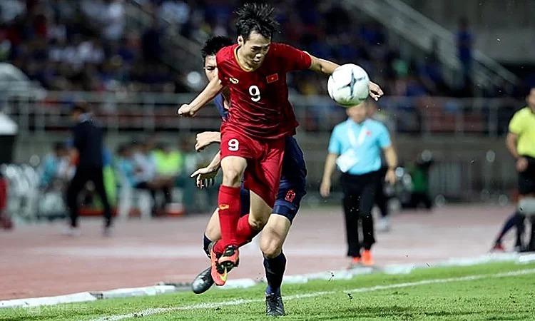 Cầu thủ Việt kỹ thuật chẳng kém ai, chỉ thua mỗi thể lực - ảnh 1