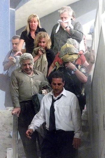 Bóng ma 18 năm đeo bám các nạn nhân vụ 11/9 - ảnh 2