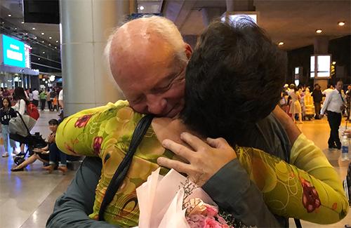Cuộc hội ngộ sau 50 năm của cựu binh Mỹ và bạn gái Việt - ảnh 1