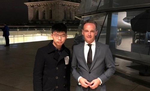 Trung Quoc noi phuong Tay giup Hong Kong la 'khong tuong'