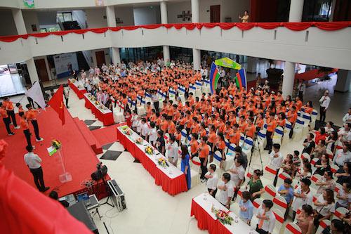 Lễ khai trường khác lạ ở ngôi trường nội trú FPT Cần Thơ - ảnh 1