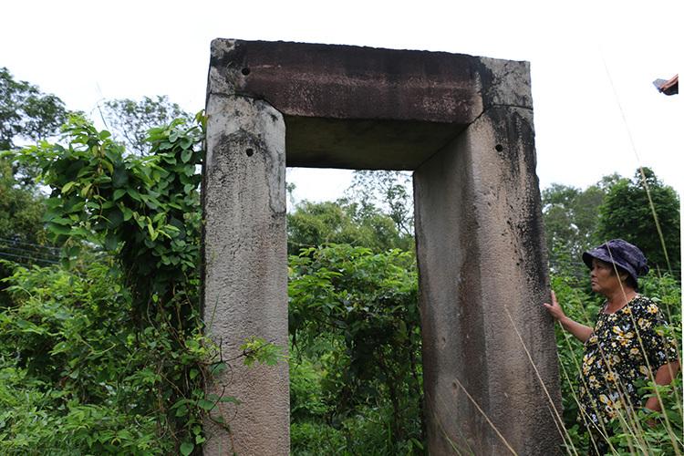Di tích Óc Eo hơn 1.000 năm tuổi bỏ hoang - ảnh 2