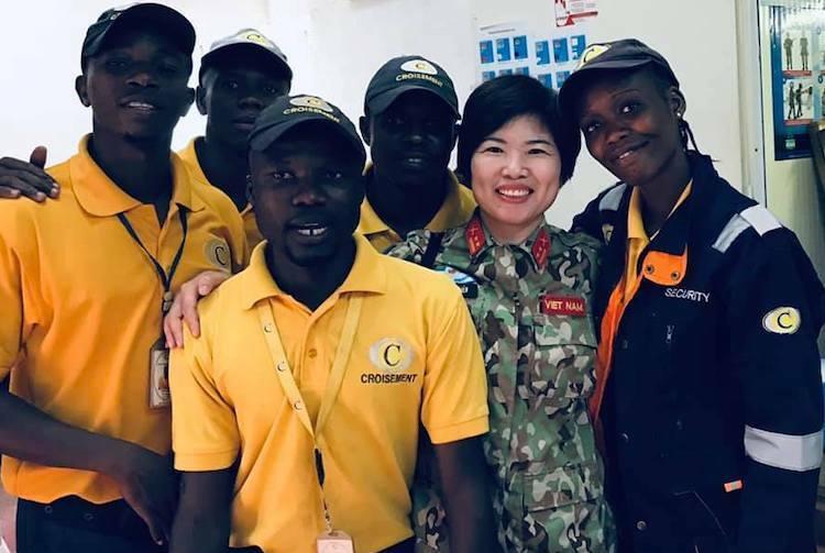 Sĩ quan mũ nồi xanh Việt Nam ở Trung Phi - ảnh 2