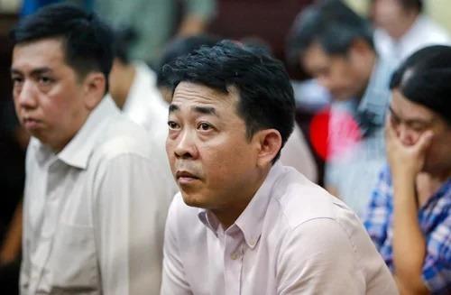 Thứ trưởng Trương Quốc Cường bị triệu tập đến toà -