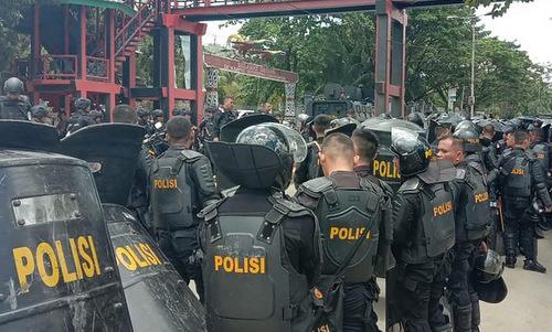 20 người chết vì biểu tình bạo lực ở Indonesia -
