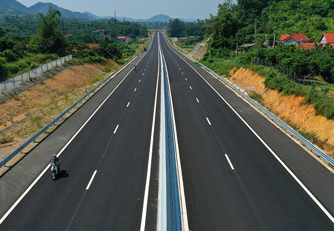 Cao tốc Bắc Nam sơ tuyển nhà đầu tư trong nước vào tháng 10 - ảnh 1