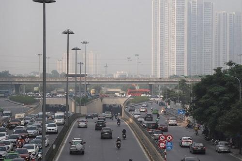 Không khí ở Hà Nội ô nhiễm trong nhiều ngày liên tiếp. Ảnh: Gia Chính