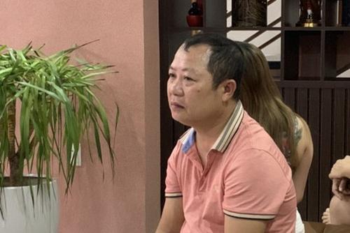 Ông Đức cùng vợ làm chủ hai cơ kinh doanh karaoke, khách sạn có dịch vụ mua bán dâm. Ảnh: Trần Tuấn