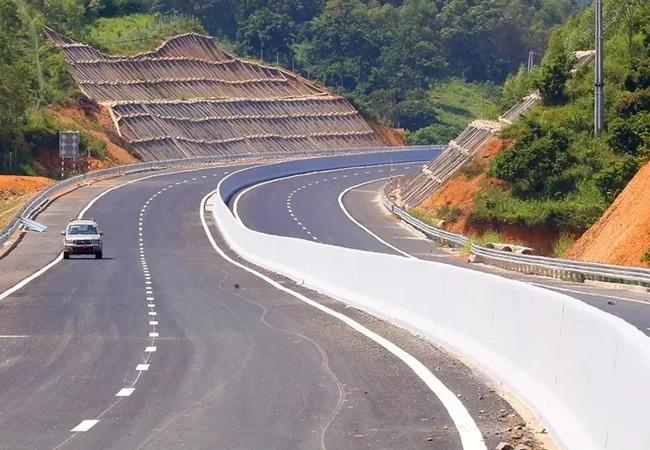 Cao tốc Bắc Giang - Lạng Sơn sắp thông xe. Ảnh: Giang Huy