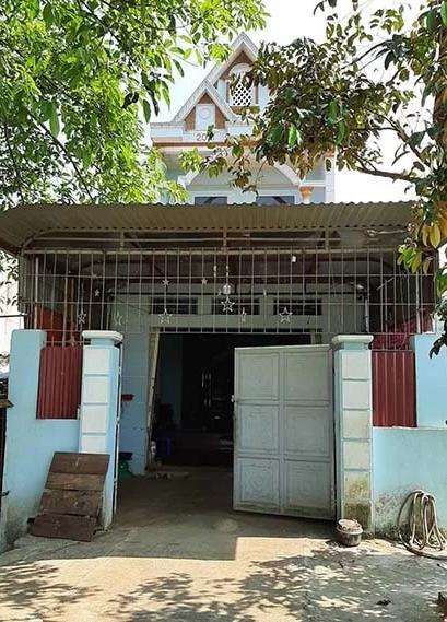 Căn nhà mẹ con Sang sinh sống tại Thanh Hóa. Ảnh: Lê Hoàng.