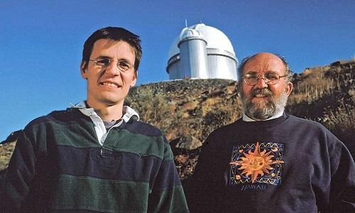 Didier Queloz và Michel Mayor. Ảnh: NASA.