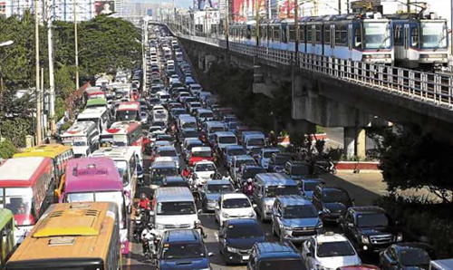 Người dân Manila bức xúc vì tắc đường - ảnh 1