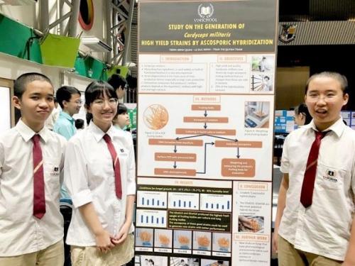 Học sinh Việt Nam đạt giải cuộc thi nghiên cứu khoa học tại Singapore - ảnh 4