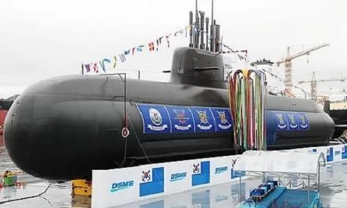 Hàn Quốc muốn đóng tàu ngầm hạt nhân - ảnh 1