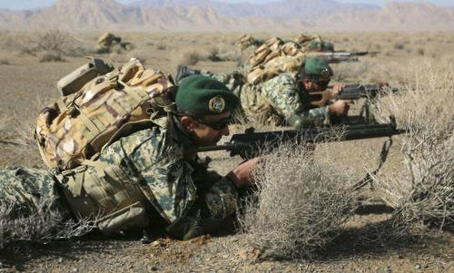 Iran tập trận sát Thổ Nhĩ Kỳ - ảnh 1