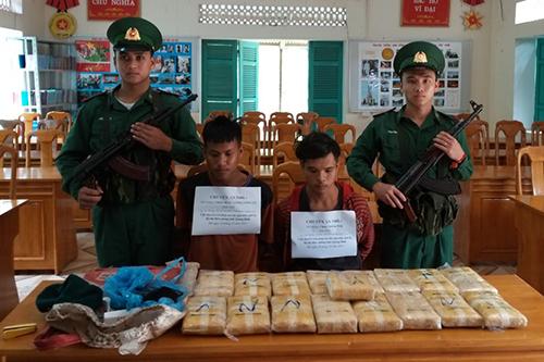 100.000 viên ma tuý bị chặn ở biên giới Quảng Bình - ảnh 1
