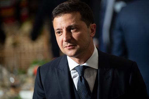 Tổng thống Ukraine phủ nhận bị Trump hăm dọa - ảnh 1