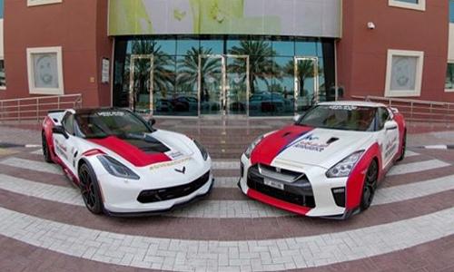 Chevrolet Corvette Z06 (trái) và Nissan GT-R trong đội xe của lực lượng cứu hộ cứu nạn Dubai. Ảnh: Twitter