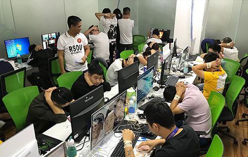 Philippines bắt 23 người Việt - ảnh 1