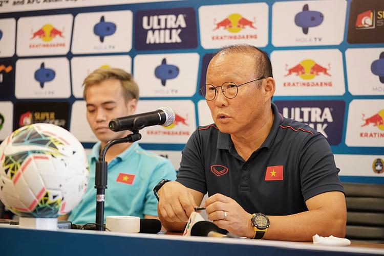 HLV Park cảnh giác với các cầu thủ nhập tịch của Indonesia