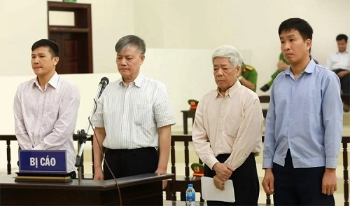 Bốn cựu lãnh đạo Vinashin. Ảnh: TTXVN.