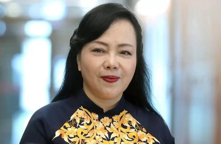 Bộ trưởng Nguyễn Thị Kim Tiến được xem xét miễn nhiệm vì đến tuổi hưu