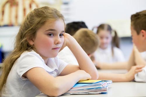 Trẻ tài năng thường kém tập trung trong lớp học. Ảnh: Shutterstock