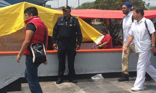 Nỗi cay đắng của cảnh sát Mexico - ảnh 1