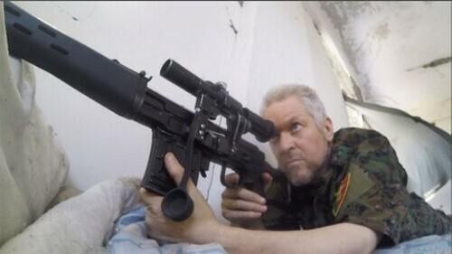 Cuộc chiến chống IS của nam diễn viên Hollywood - ảnh 3