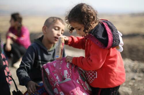 Những người Kurd mắc kẹt ở biên giới Syria - ảnh 1