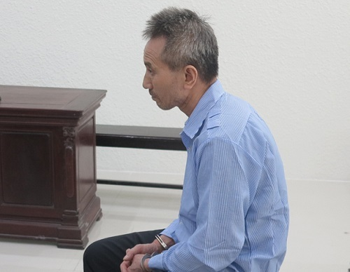 Nhận án tù sau 15 năm đâm chết người tại Nga - ảnh 1