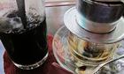 Nhiều quán ăn, nhà hàng Việt ép khách dùng khăn ướt - ảnh 1