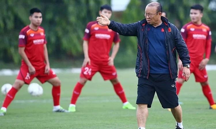 Văn Quyết không phải tiền đạo đội tuyển Việt Nam cần lúc này - ảnh 1