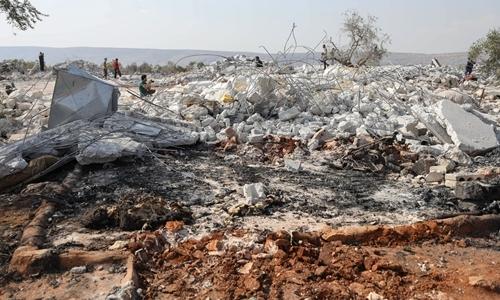 Đống đôt nát được cho là nơi ẩn náucủaAbu Bakr al-Baghdadi bị san bằng ngày 27/10. Ảnh: AFP.