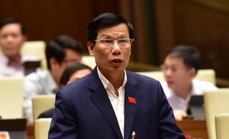 Bộ trưởng Nguyễn Ngọc Thiện phát biểu ở Quốc hội sáng 31/10. Ảnh: Ngọc Thắng