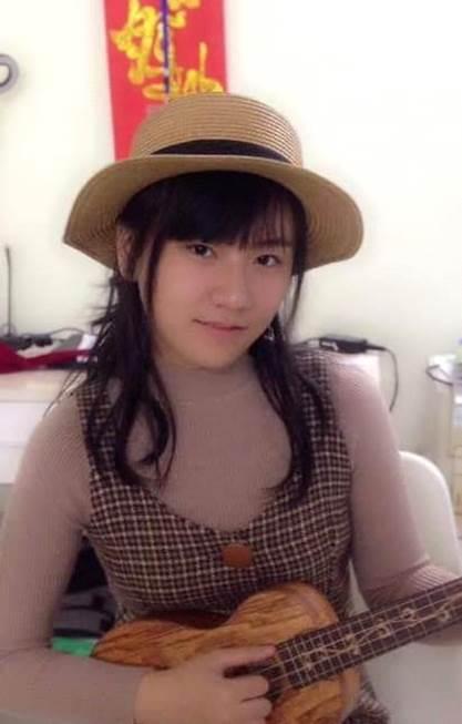 TitleNữ sinh Hạ Long 17 tuổi chinh phục ĐH CNTT trực tuyến từ sở thích chơi game - 1
