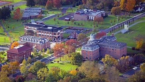 Trường Chatham Hall, Virginia, Mỹ.