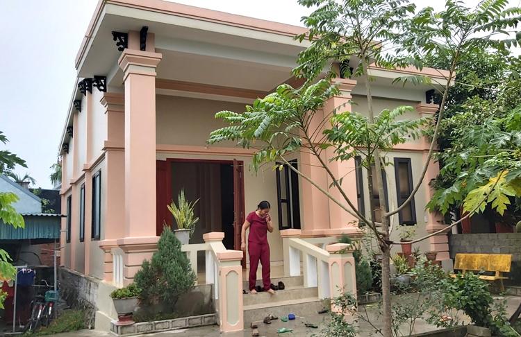 Ngôi nhà của anh Nguyễn Đình Tứ ở xã Đô Thành. Ảnh: Nguyễn Hải.