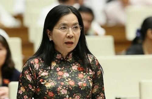 Đại biểu Trịnh Ngọc Thuý phát biểu tại nghị trường chiều 4/11. Ảnh: Trung tâm báo chí Quốc hội