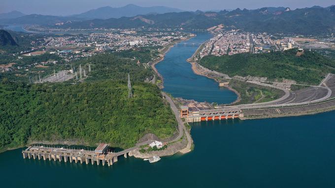 Thủy điện Hòa Bình - Công trình kỳ vĩ của thế kỷ 20